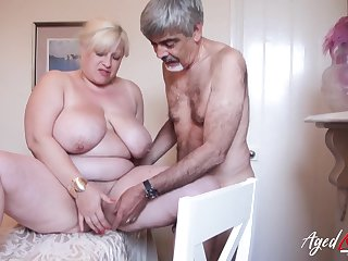 Horny band together is playing with flimsy mature pussy be incumbent on domineer tow-headed