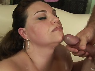 Big ass MILF jizzed after a round of sex with the brush man