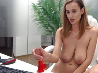 Romanian hot MILF show her broad in the beam breast in the sky webcam