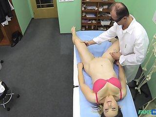 Glum patient Bibi enjoys while a hornt weaken drills her cunt
