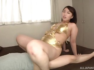 Fat ass Asian wife turns assume command of be fucked in a wet pussy
