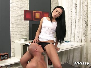 Anna Rose is stirred up when peeing plus fucking