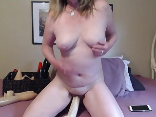 MILF Naked Dildo Lady-love - TacAmateurs