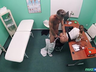 Doctor suits this babe's sexual needs after stripping the brush