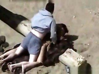 Voyeur outdoor bj on eradicate affect beach