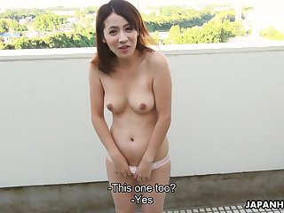 Japanese hell-cat with a nice bust thirst-quenching on a guy's sausage before shacking up