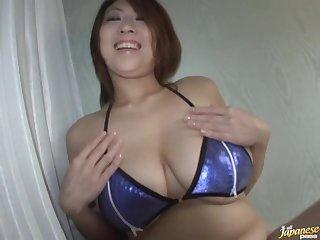 Amateur video of broad in the beam wife Suzuka Arinaga grown a blowjob