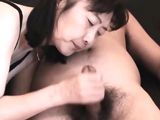 Chie loves sucking cock, 50's matured school bus