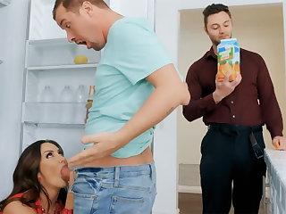 Wife's big chest seduced nanny take fuck hardcore