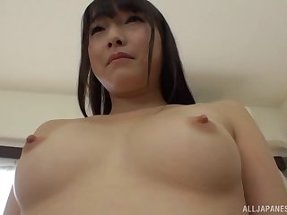 Trimmed pussy Asian chick Suzukawa Ayane screams with admiration