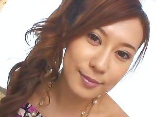 Closeup video of pretty Hikari Kirishma giving a nice blowjob